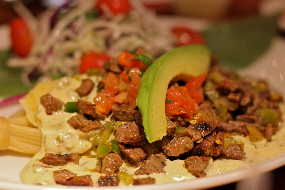 Cuban-Food-with-Meat-and-Aguacate