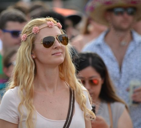 Styish-Girl-at-SunFest-WPB-Fashion-Trends