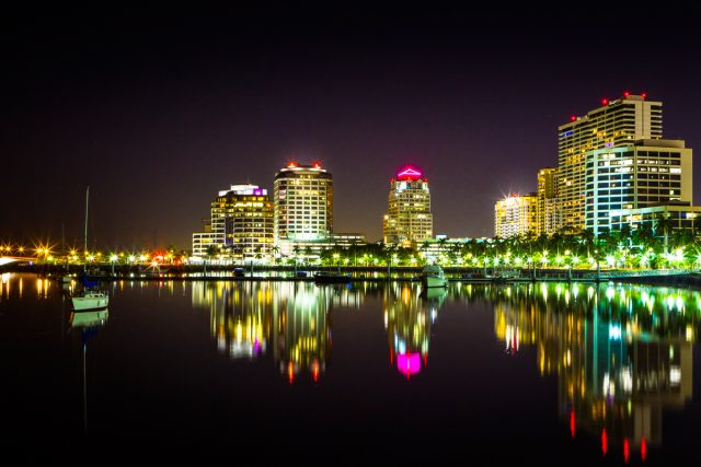 West Palm Beach Waterfront: Amazing View!