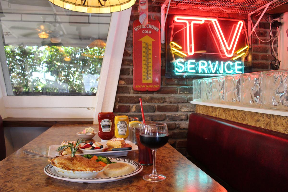Antique Row Restaurants City Diner In West Palm Beach