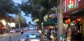 dining in Downtown West Palm Beach