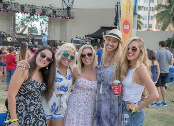 Friends-at-SunFest-WPB-Fashion-Trends