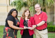 Palm Beach Zoo & Conservation Society Wins Providencia Award
