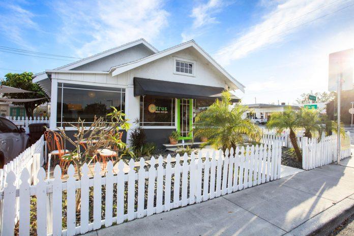 Cottage Corner: Tina Hardman's Perfect Place