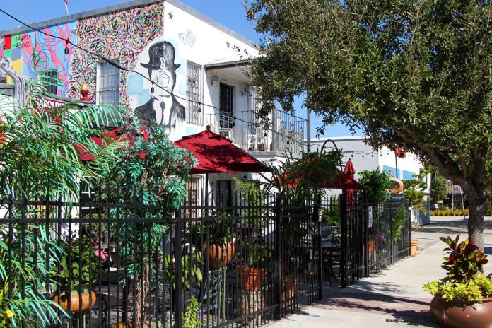 Harold's Coffee Lounge: Iconic Location, Celebrated Graffiti