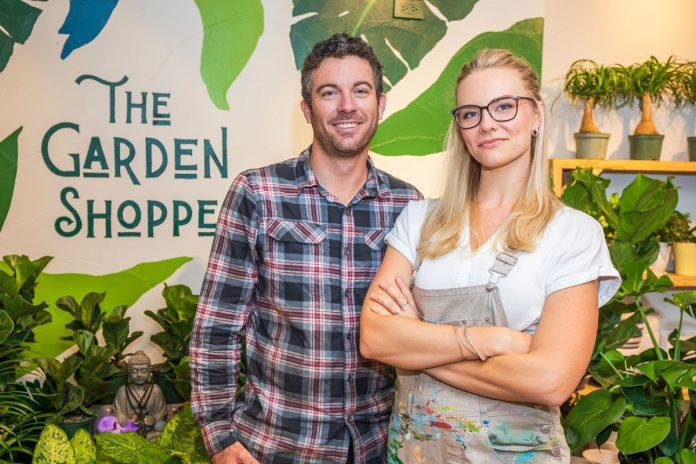 Garden Shoppe: Paint a Vision, Plant a Dream Garde