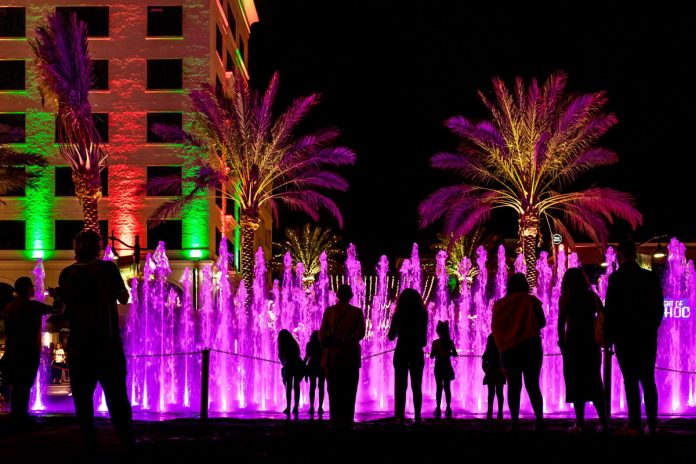 Clematis by Light: a waterworks spectacle in Downtown