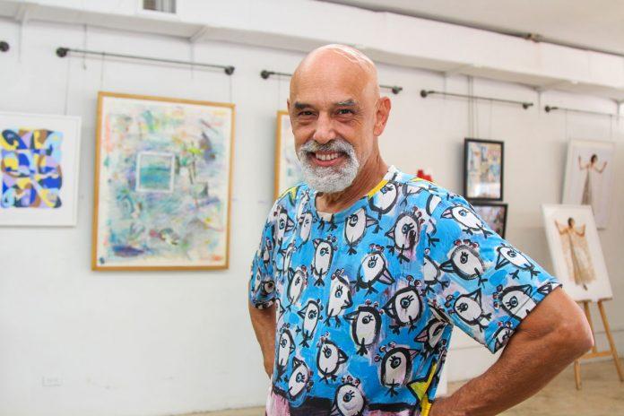 Rolando Barrero: painter, performance artist, activist